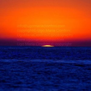 U.F.O. ... landed in the middle of the sea Sunrise ...